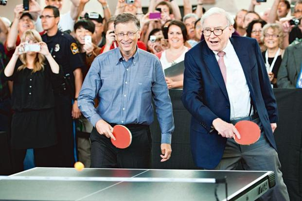 Bill Gates (left) and Warren Buffett are known for their far-reaching philanthropic initiatives. Photo: Daniel Acker/Bloomberg